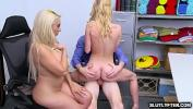 Bokep Terbaru Natalie Knight rides the LP Officers dick while mom kissing the horny Officer waiting for her turnm to take a ride too terbaik